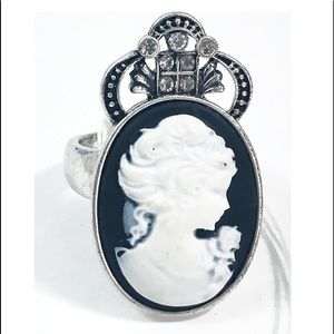 Jewels By Park Lane Cameo Style Ring